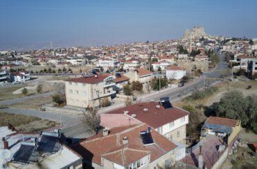 Uçhisar'da Ana Cadde Üzeri Müstakil Ev